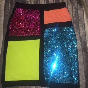 Colorblock miniskirt with sequins